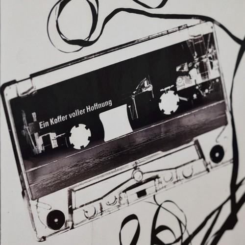 Tape. Ein Koffer voller Hoffnung
